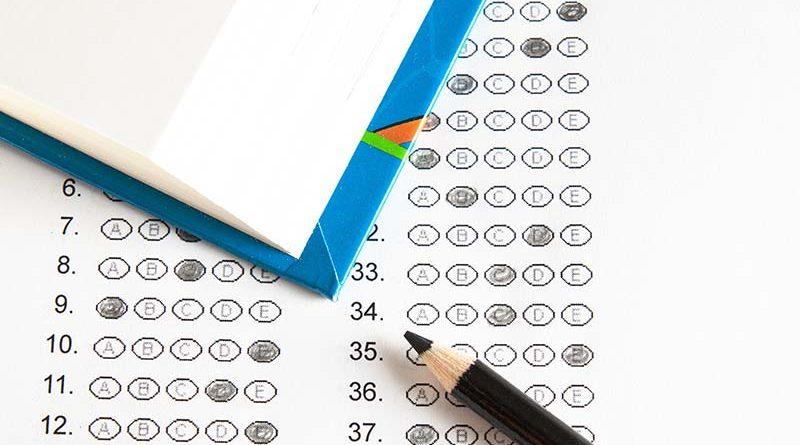 Concurso prova 800x445 - Resultado preliminar do concurso para técnico-administrativos UFJF