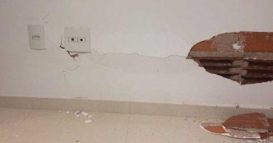 foto bombeiros predio sao mateus 390x205 - Após barulho: Bombeiros evacuam prédio em São Mateus