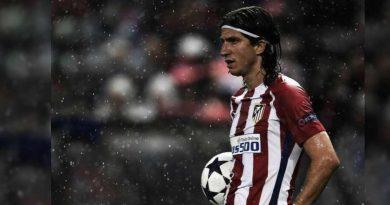 foto rede social filipe luis 390x205 - Futebol: Filipe Luís pode ficar fora da copa