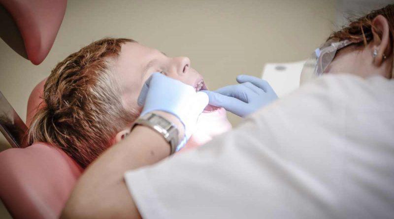 foto free dentista saude 800x445 - PJF: Inscrições para contratação de dentistas vai até sexta-feira