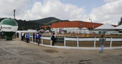 2505 inauguracao pista cavalo capa 170827 390x205 - Parque de Exposições recebe evento de Mangalarga Marchador