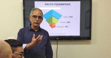 foto marcos alfredo prefeito antonio almas maio 2018 390x205 - Déficit do estado com Juiz de Fora ultrapassa os R$ 100 milhões