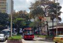 Passageiros relatam espera em pontos de ônibus