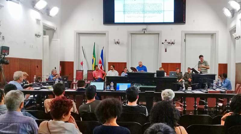 foto marcos alfredo reuniao audiencia publica - Audiência pública discute criação do Parque Estadual Mata do Krambeck