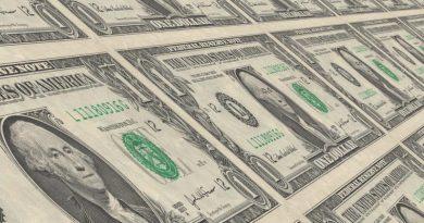 economia dolar dollar dinheiro riqueza rico eua dinheiro 390x205 - Tensão entre EUA e China movimenta o mercado financeiro