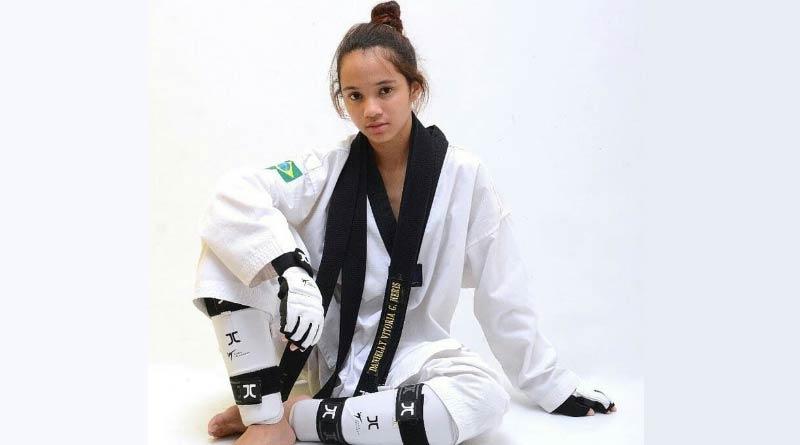 foto arquivo pessoal taekwondodista Danielly campea - Juiz-forana disputa Pan-Americano de Taekwondo nos EUA