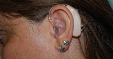 Ministério Público questiona fornecimento de aparelhos auditivos em Minas