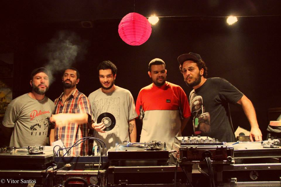 Avalanche DJs - Domingo: 'Palco Central' e 'Feira de Discos' celebram os 90 anos do Central