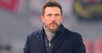 di francesco 390x205 - Roma dispensa técnico Di Francesco