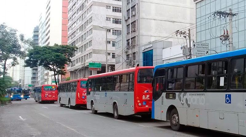 foto marcos alfredo onibus transito coletivo transporte cidade veiculo - Enem: Relação dos ônibus que atendem aos locais de provas em JF