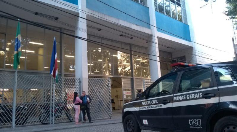 forum audiencia policiais 800x445 - Continua audiência de tiroteio envolvendo policiais em JF