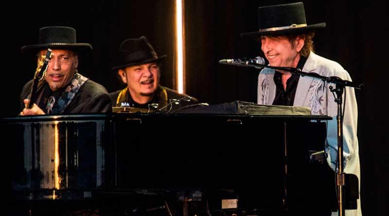foto bob dylan - Após 25 anos: Bob Dylan e Neil Young tocam juntos