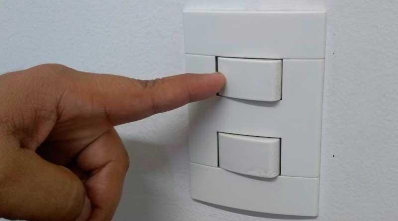 foto marcos alfredo energia eletrica luz cemig tomada - Pesquisa: Maioria da população acha conta de energia cara