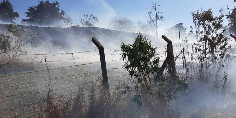 foto bombeiros queimada incendio fogo 800x401 - Em 5 anos: JF tem mais de 2.000 ocorrências de queimadas