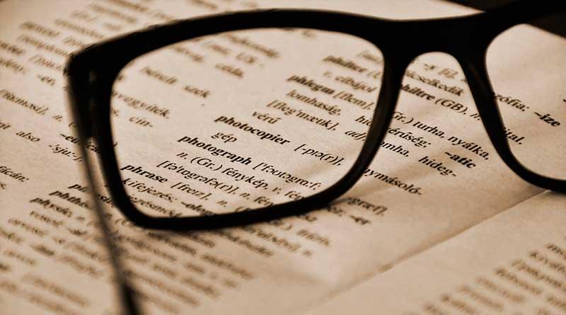 foto free linguas livro estudo - UFJF abre edital para mestrado e doutorado em linguística
