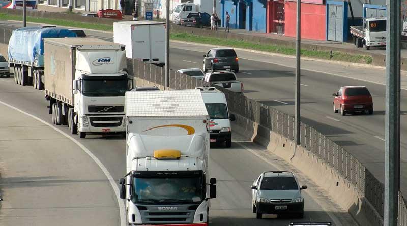 foto concer estradas caminhao caminhoes rodovia transporte transito veiculo carro - Feriado prolongado tem restrições e operação nas estradas